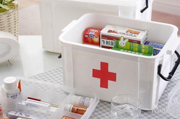Как организовать дома аптечку