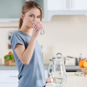 Сколько нужно выпивать воды в день