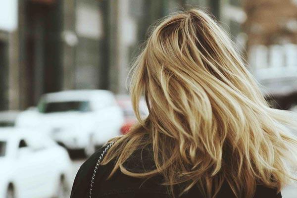 Как восстановить волосы после зимы