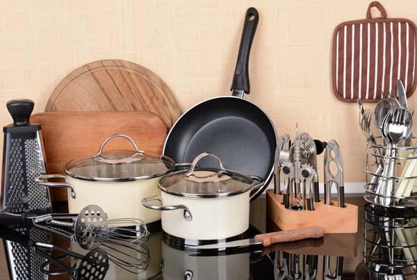 Как выбрать кухонную посуду молодой хозяйке