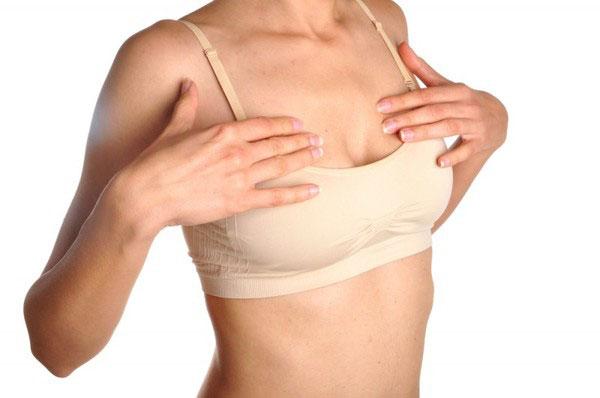 6 привычек, провоцирующих снижение упругости груди