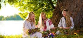 Как отмечают Троицу в Украине? 4 традиции наших предков, которые чтим и мы