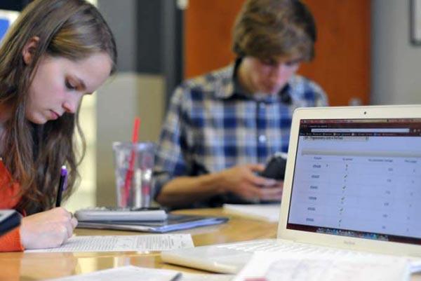 Как выбрать ноутбук для школьника?